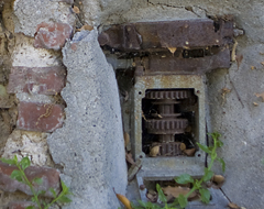 Continue reading Touring Los Angeles:  The Crumbling Hermon Car Wall